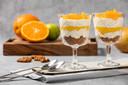 Sinaasappel cheesecake glaasjes met mango.
