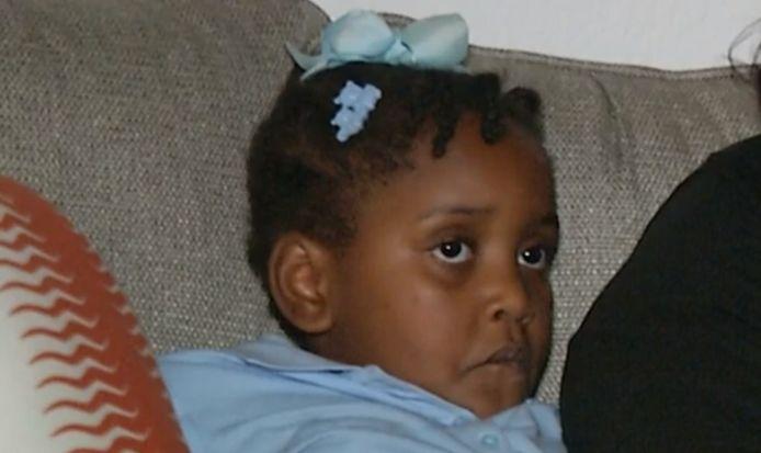 La petite Kaia a été conduite dans un centre de détention après avoir frappé un camarade de classe.