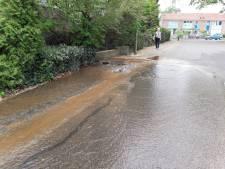 Waterleiding gesprongen op Industrieweg in Groesbeek