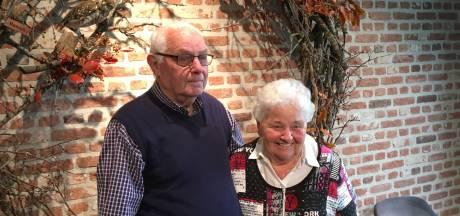 Diamanten paar Van den Hout uit Diessen na zestig jaar nog erg dankbaar