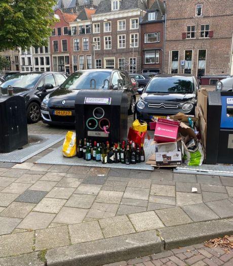 Klachten over 'bende' in Deventer binnenstad: 'De stank is niet te harden'
