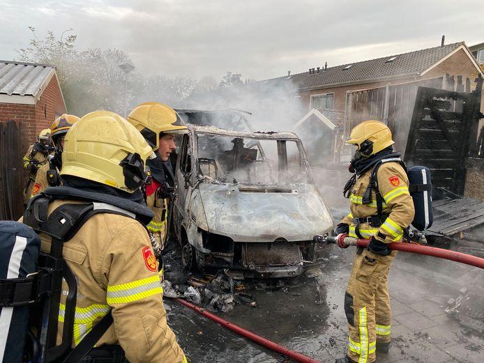 De volledig uitgebrande camper is aangestoken, zo is gebleken uit forensisch onderzoek van de politie.