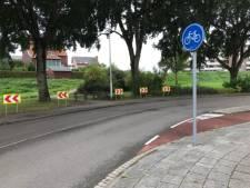 Die 'enge' bocht in de Pieter Zeemanlaan in Papendrecht wordt nu een stuk veiliger voor fietsers