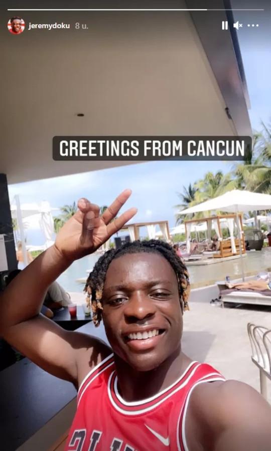Doku décompresse à Cancun, au Mexique.