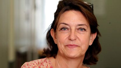 """Onderzoeksrechter Sophie Grégoire uit 'De Rechtbank' werkte mee op dossier van aanslagen Brussel: """"Iedereen krijgt van mij een kans. Eéntje"""""""