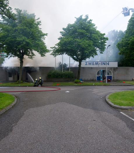 Geen Zwem-Inn, maar een luxe partycentrum aan De Reulver in Enschede
