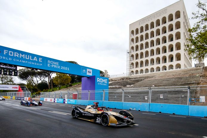 Winnaar Jean-Eric Vergne tijdens de race.