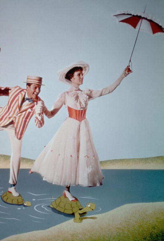 Julie Andrews haalt twee keer de top-5: als Maria Von Trapp en als Mary Poppins. Beeld UNKNOWN