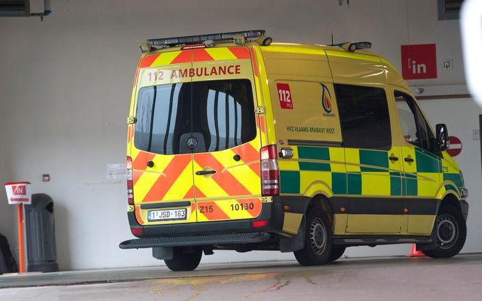Een ambulance aan het UZ Brussel.
