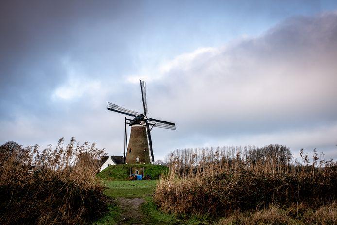 De Roosdonck-molen, ten noorden van Nuenen, staat op verschillende werken van Van Gogh.