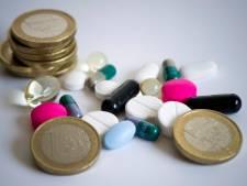 Ziekenhuizen pakken peperdure 'commerciële' medicijnen aan: 'Flesje van 20 euro, nu 1000 euro'