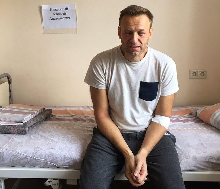 Alexej Navalny op zijn ziekenhuisbed gisteren.
