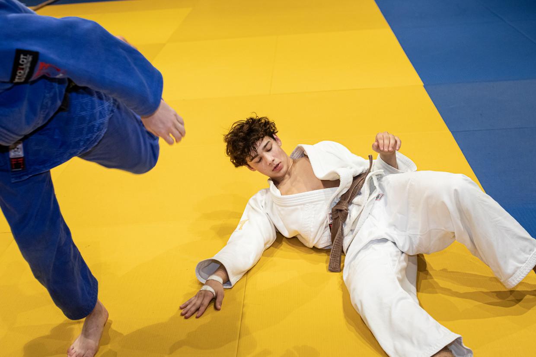 Judoka Ray Marinx: 'We mogen best wat gehard worden. Als je ergens wilt raken, moet je ervoor willen werken. dat leer je hier wel.'