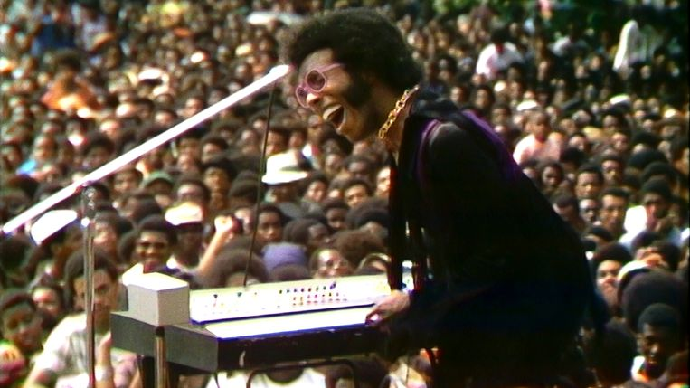 Stevie Wonder in 'Summer of Soul'. Beeld Disney+