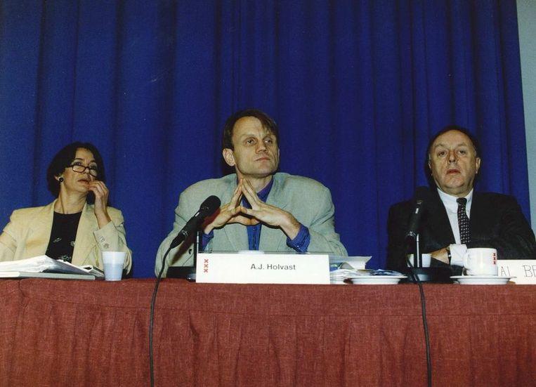 Wethouder Marja Baak, commissievoorzitter A.J. Holvast en directeur Beeren Beeld ANP