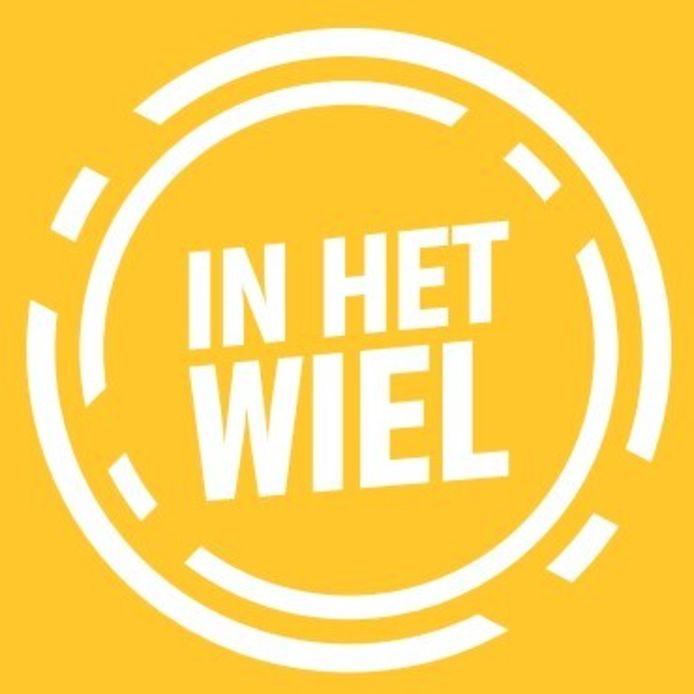 Het logo van 'In Het Wiel'.