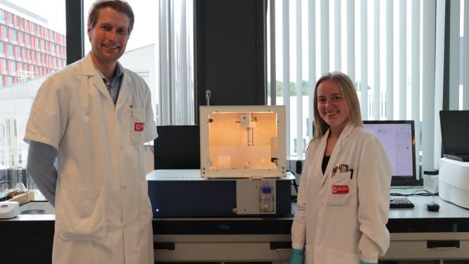 """Van 12 naar amper één uur: hogeschool UCLL ontwikkelt toestel dat snel aangeeft of antibiotica aanslaat of niet. """"Dit kan mensenlevens redden"""""""
