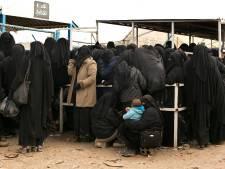 IS-vrouwen omgekomen bij geweld in vluchtelingenkamp