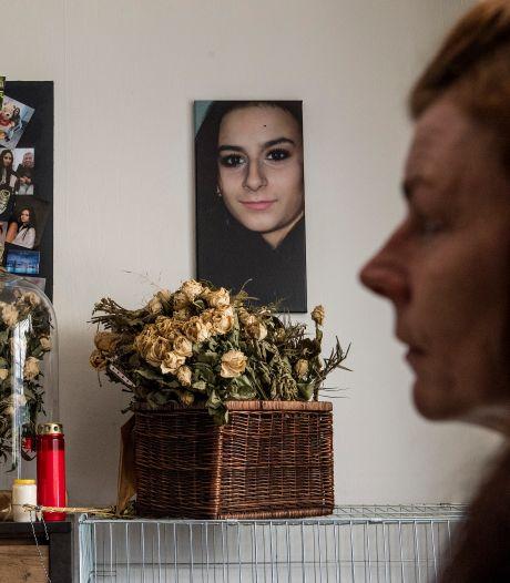 Moeder vermoorde Shelley (22) is de klap nog lang niet te boven: 'Ze is toegetakeld als een beest in een slachthuis'