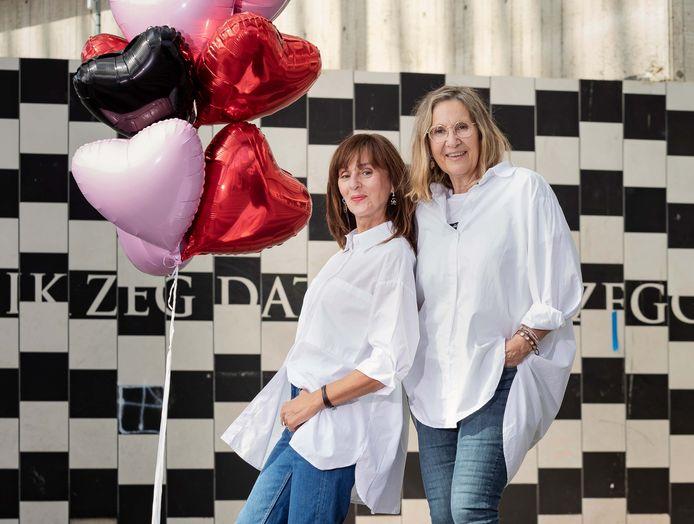 Hélène Van Herck (links) en Ann Lemmens richtten in 2013 on- en offline platform Wifty op. Ze organiseren evenementen voor 50- plusvrouwen.