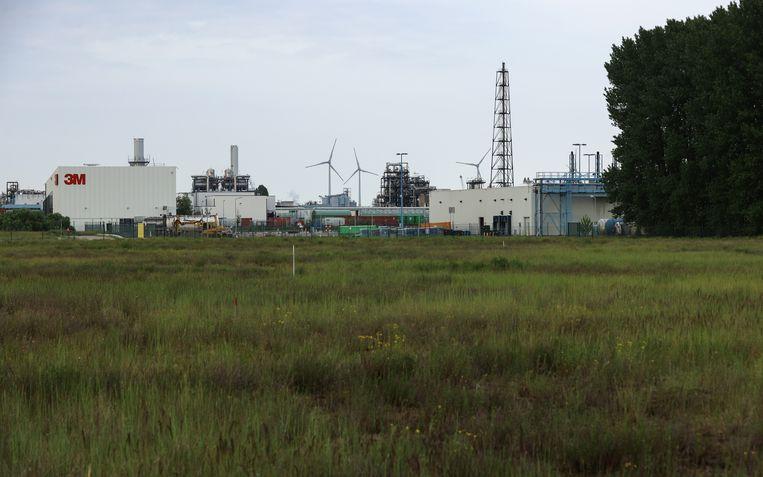 De 3M-fabriek in Zwijndrecht. Beeld BELGA