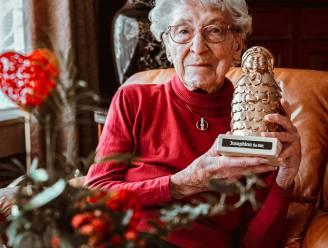 District Borgerhout zet 100-jarige Josephina in de bloemetjes