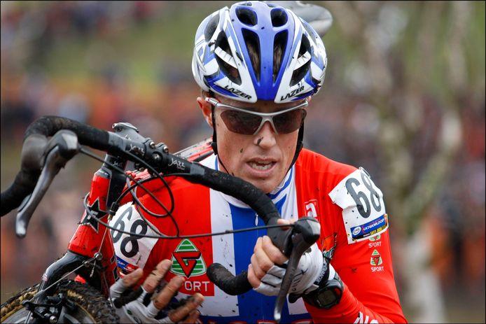 De Noor Martin Vestby reed als veldrijder twee WK's. De eerste in 2008 (met zijn Vlaamse dorpsgenoten als Noorse delegatie) en in 2009 toen hij al drie maanden gestopt was met het rijden van wedstrijden.