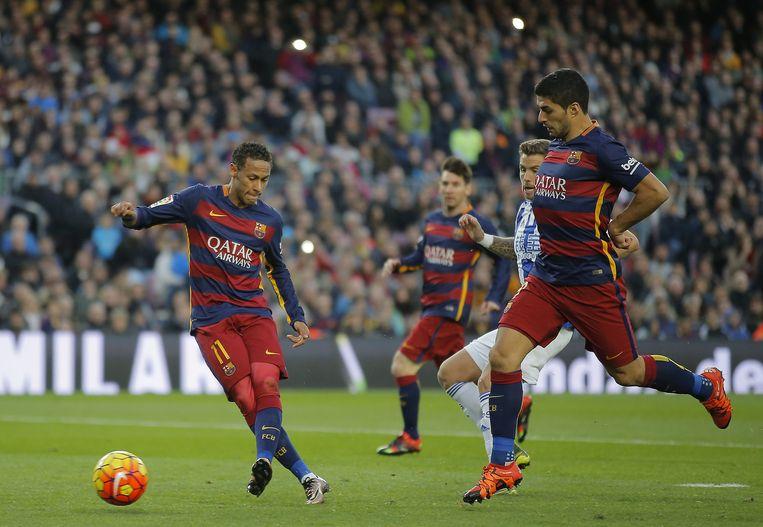 Neymar scoort tegen Real Sociedad. Beeld ap