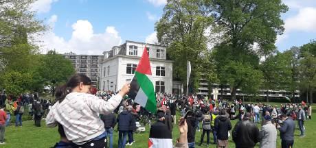 Enschedese moslims protesteren tegen geweld Israël: 'Lot Palestijnen raakt ons diep'