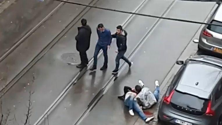 Bij de schietpartij vielen een dode en twee gewonden.