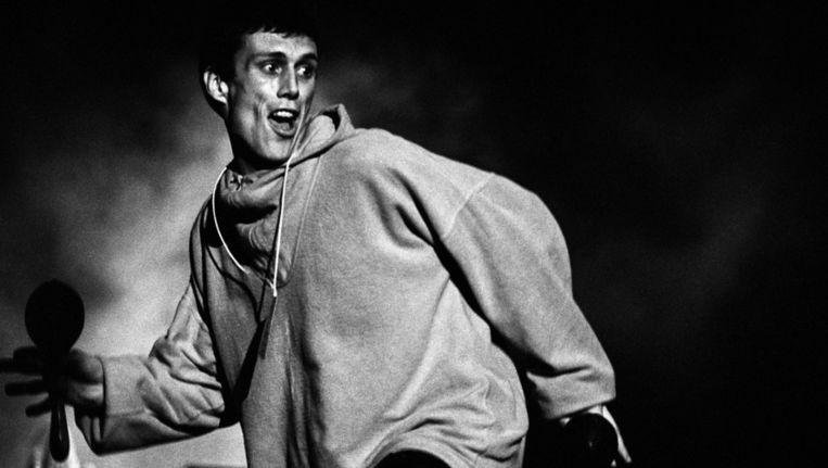 Bez, de hofnar van Happy Mondays in 1991. De reünie is een kans om hun imago van drugsgekke outlaws van zich af te schudden. Beeld Getty Images