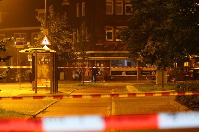 De melding van de explosie kwam rond 02.00 uur binnen bij de politie, die met veel mankracht ter plaatse kwam.