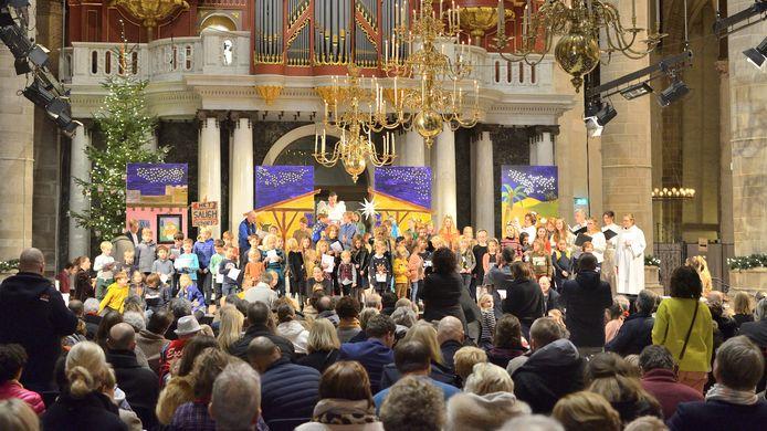 De Laurenskerk, op 10 mei de plek van de 'religieuze aftrap' van het songfestival.