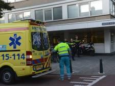 Man (28) gewond bij steekpartij in flatwoning Gedempte Sloot