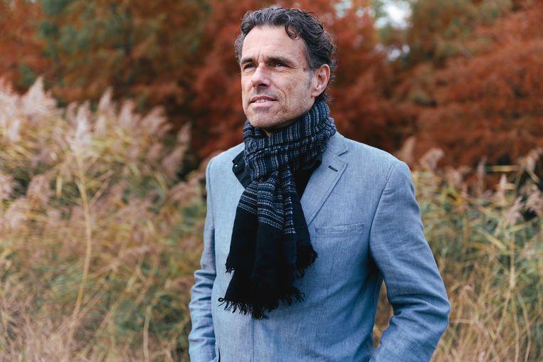 Auke Kok, journalist en auteur van de nieuwe biografie over Johan Cruijff.  Beeld Damon De Backer