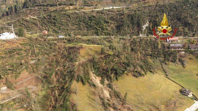 Complete bossen zijn weggevaagd.