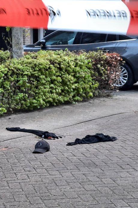 Verkleumde overvallers laten spoor van kledingstukken achter in Helmond