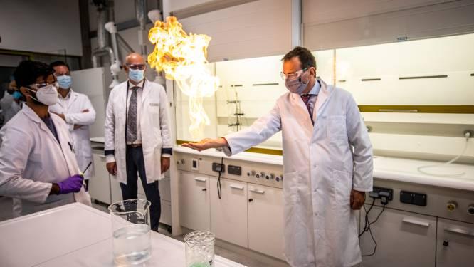Splinternieuwe Science Tower wordt nieuwe thuis voor UHasselt-studenten en onderzoekers chemie en fysica