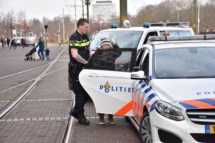 De trams hadden even oponthoud door de vechtpartij vlak voor Den Haag Centraal.
