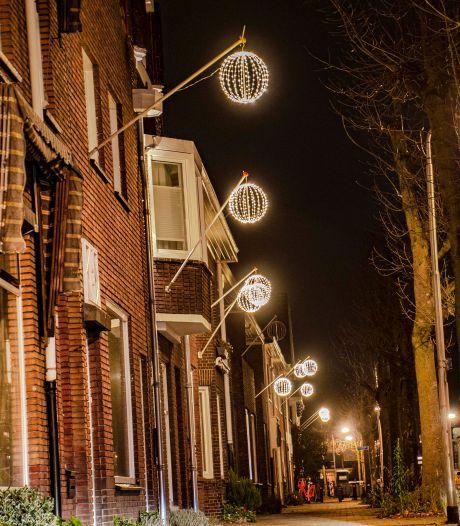 Lichtbollen-gekte steekt steeds meer Tilburgse straten aan: 'Saamhorigheid in het donker'