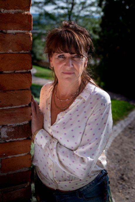 Mol Renée verraadde zichzelf bijna: 'In het begin heb ik me een keer versproken'