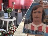 PSV-fans brengen eerbetoon aan Willy van der Kuijlen