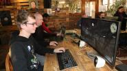 Vooral jongens en mannen amuseren zich op LAN-party in Pand10