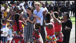 Harry en Meghan placeren een dansje in Kaapstad