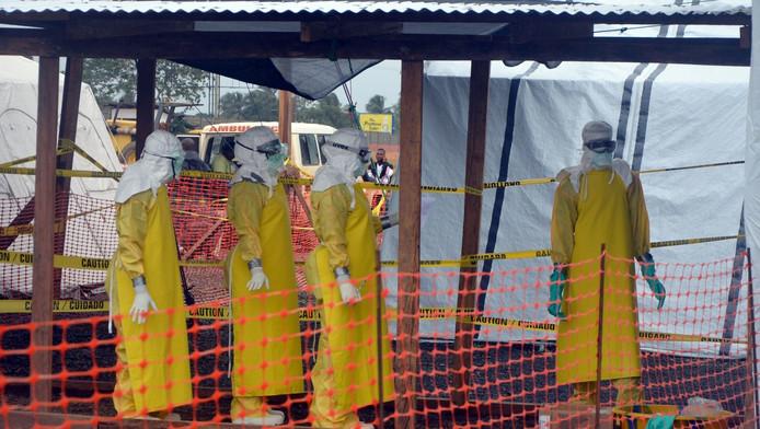 Artsen aan het werk in Monrovia, Liberia