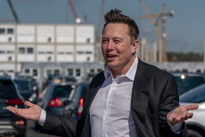 Het bedrijf van topman Elon Musk heeft een beurswaarde van zo'n 390 miljard dollar (329 miljard euro)