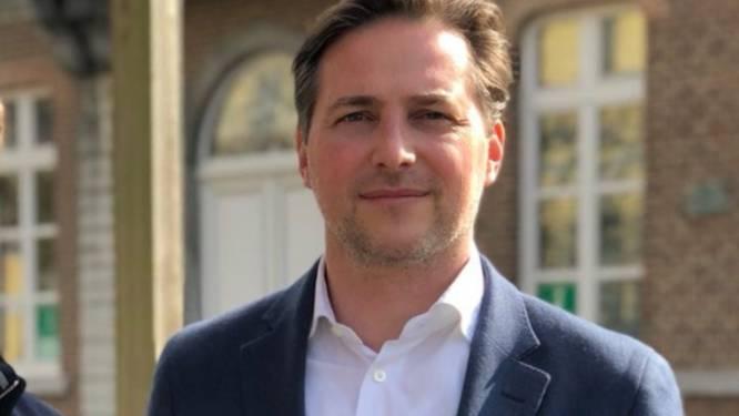 Notaris en politicus Tom Colson (45) plots overleden
