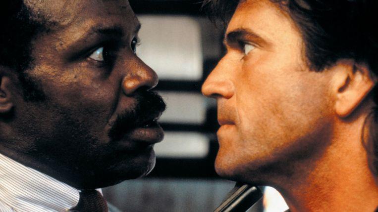 Danny Glover (links) en Mel Gibson in Lethal Weapon. Beeld