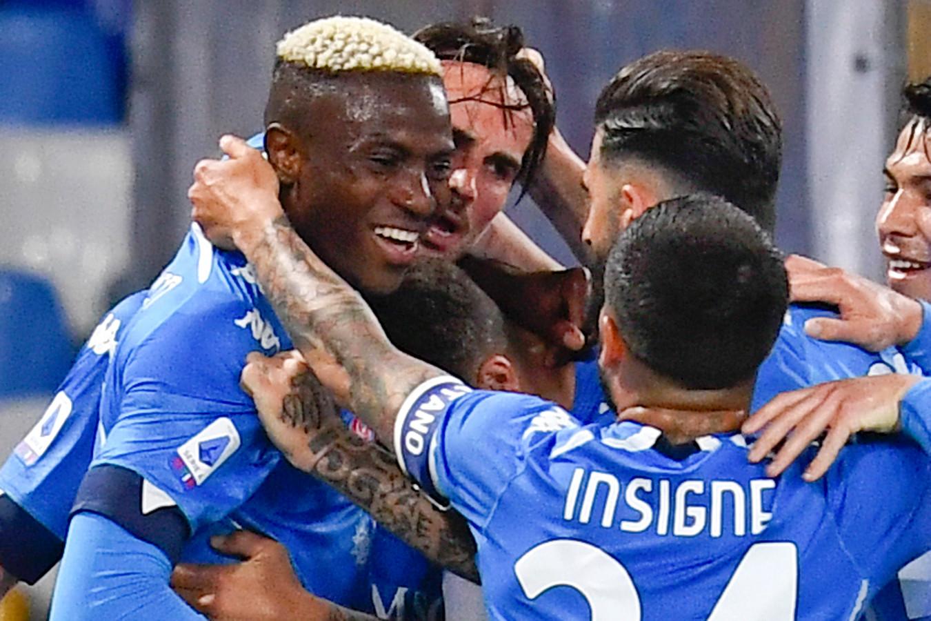 Napoli kende weinig problemen met Udinese.