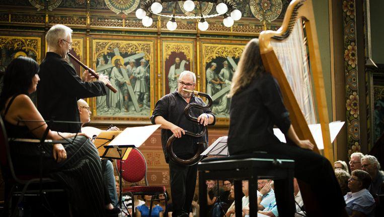 Michael Godard in de Willibrordkerk in Utrecht tijdens het Festival Oude Muziek. Beeld Gabriel Eisenmeier